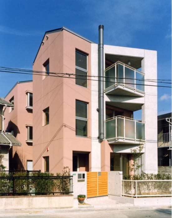 甲風園の家